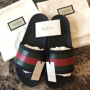 Gucci Men's Rubber Slides Sandals